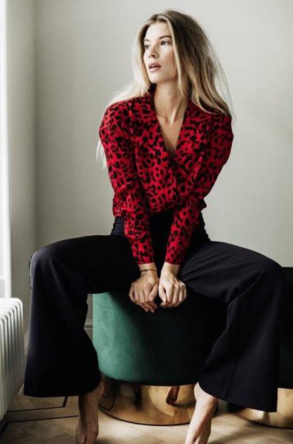 blouse met Leopard print senses.Style Alix The Label